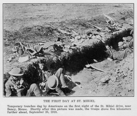 BATTLE OF THE ARGONNE FOREST. <br> THE FIRST DAY AT ST. MIHIEL.<BR>Temporary trenches dug by American s on the first night of the St. Mihiel drive, near Beney, Meuse.  Shortly after this picture was made, the troops drove five kilometers further ahead, September 25, 1918.