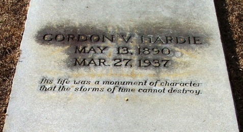 Grave marker of Gordon Vancie Hardie, Beaver Dam Cemetery, Ray City, GA.