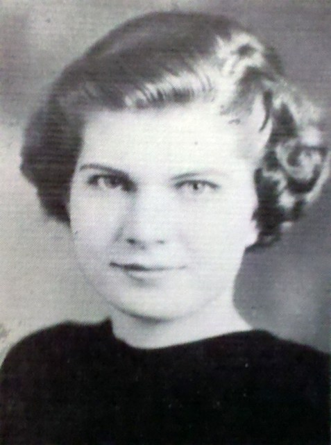 Mollie Idelle Lee, 1937. Freshman at Georgia State Womans College, Valdosta, GA.