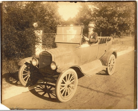 Dr. William David Sloan and his automobile. Dr. Sloan was born and raised in the Rays Mill, GA vicinity.