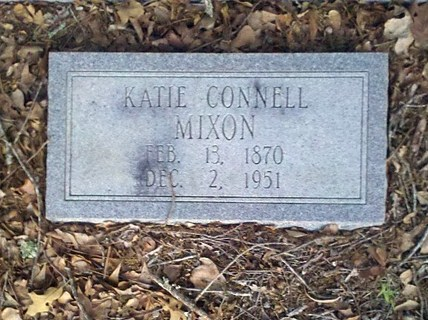Gravemarker of Katie Connell Mixon, 13 Feb 1870 - 2 Dec 1951, New Bethel Baptist Church Cemetery, Lowndes County, GA
