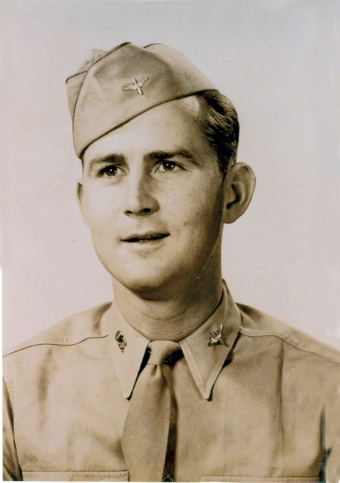 James M. Paulk, Jr., WWII Flying Officer, Ray City, GA. Image courtesy of http://berriencountyga.com/