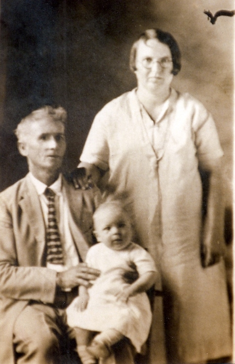 Mary Vera Shaw, husband Asa Ollie Causey, and son Herman Ollie Causey, circa 1928. Mary Vera Shaw grew up in and near Ray City, GA.