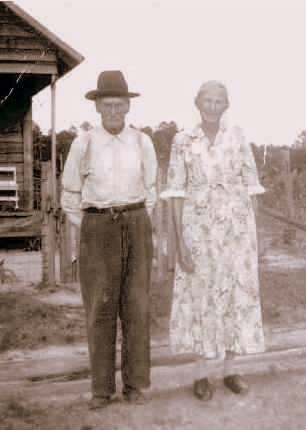 Henry and Kizzie Woodard photographed in Pearson County, GA.