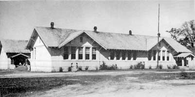 Ray City School, circa 1949. The school building was originally constructed in 1922.