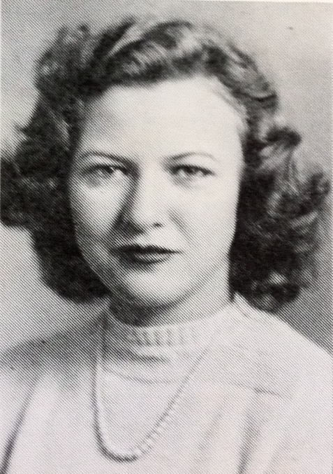 Geraldine Fletcher Giddens was a resident of Ray City, GA while attending Georgia State Women's College during the 1940s.