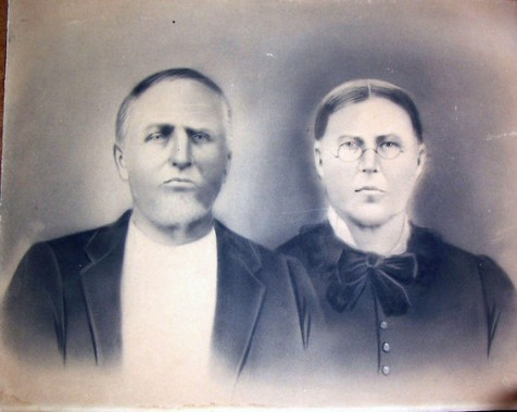 Elder Ansel Parrish, (1824 -1891), and Molcy Knight Parrish (1826 - 1897). Image courtesy of http://berriencountyga.com/