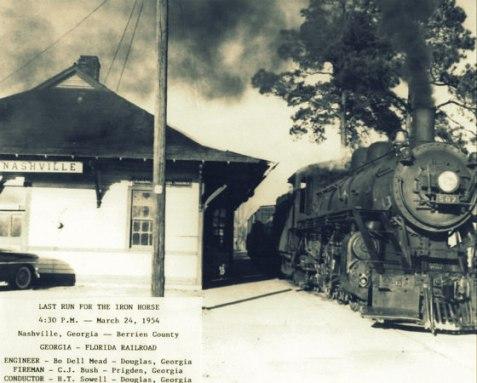 Engine of the Georgia & Florida Railroad at Nashville, GA, March 24, 1954. Image courtesy of http://berriencountyga.com/