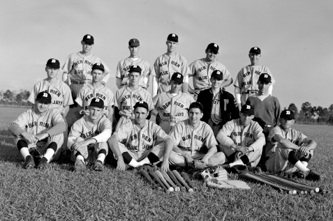 Preacher Shaw (standing, far right), of Ray City, GA played for the Berrien Blue Jays semi-pro baseball team in 1948.
