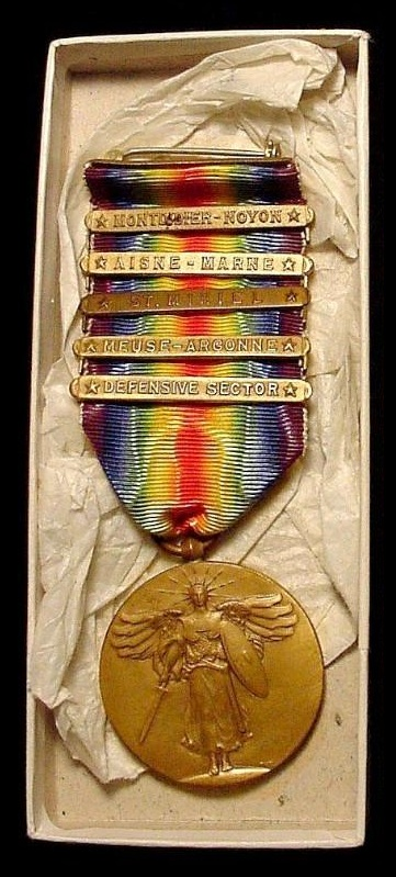 WW1 Victory Medal US 1st Div of the type awarded to Rossie O. Knight.