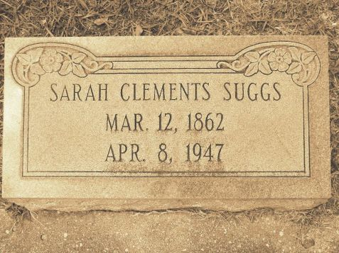 Grave of Sarah Clements Suggs (1862-1947), New Ramah Cemetery, Ray City, GA. Image Source: Robert Strickland, http://www.findagrave.com/cgi-bin/fg.cgi?page=gr&GRid=52222556