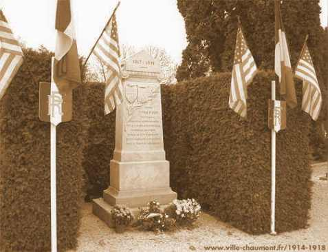 Monument to the Americans buried at Chaumont, FR. The bodies were exhumed in 1921 and returned to the States or moved to permanent American cemeteries in France. Image source: Doughboy Center http://www.worldwar1.com/dbc/monument.htm