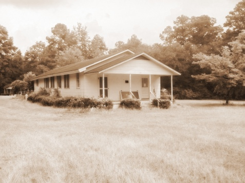 Pearl Todd Baptist Retreat, located near the Cat Creek Community, operated from the 1940s to 1970s.