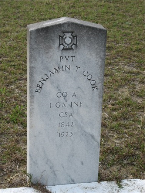 Grave of Benjamin Thomas Cook, Empire Church Cemetery, Lanier County, GA. Image courtesy of Linda Ward Meadows.