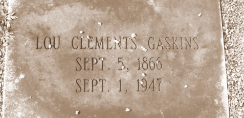 Grave of Lula Clements Gaskins, Willacoochee City Cemetery, Willacoochee, GA. Image source: Barbara L. Kirkland