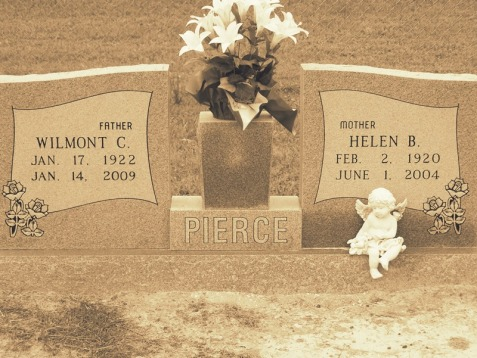 Graves of Helen Baskin and Wilmont Pierce, Unity Cemetery, Lanier County, GA. Image source: Dana Futch