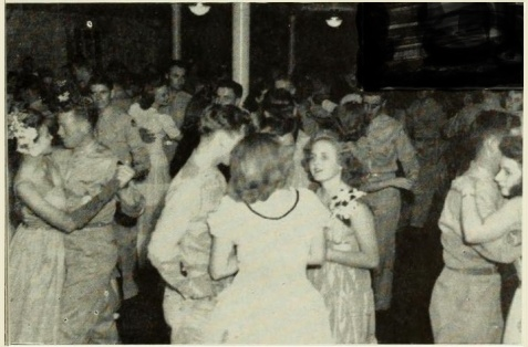 1945 women of GSWC at Saturday night dance with the men from Moody Airfield.