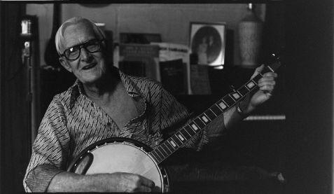 John Elwood Guthrie (1911-1985) , folk musician and merchant of Ray City, GA. Image courtesy Library of Congress.