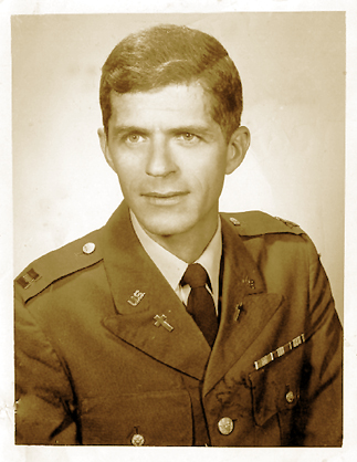 Captain Bob Merrill Brown, Army Chaplain. Image source: Betty Anne Greene Spear