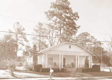 Marvin and Arlie Purvis lived in this Ray City home from the 1920s to about 1942.