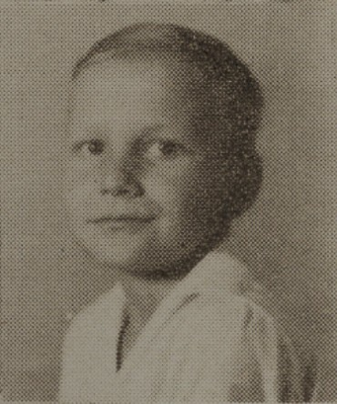 1949 Willie Sauls, second grade, Ray City School, GA. Born July 1, 1939 a son of Rhoda Register and Alvis H. Sauls.